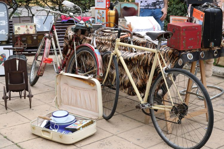 mercadillo mercat Palma ciutat Santa Catalina sábado Dissabte estiu vintage swing